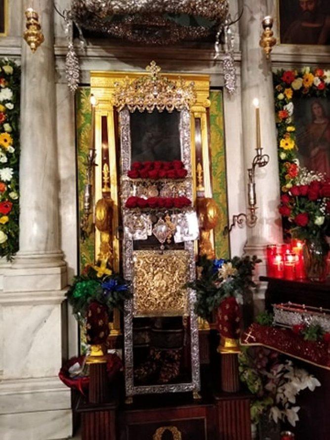 Moaştele Sfântului Spiridon se păstrează întregi până astăzi. Foto credit: Vimaorthodoxias.gr.